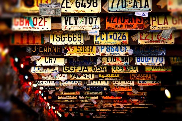 license-plates-3614254_640